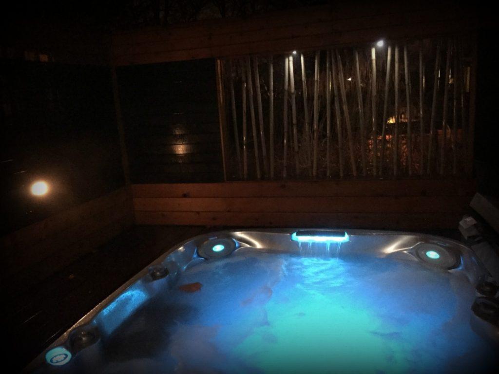dallas hot tub date night